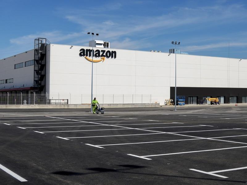 levitec proyecto Amazon nave